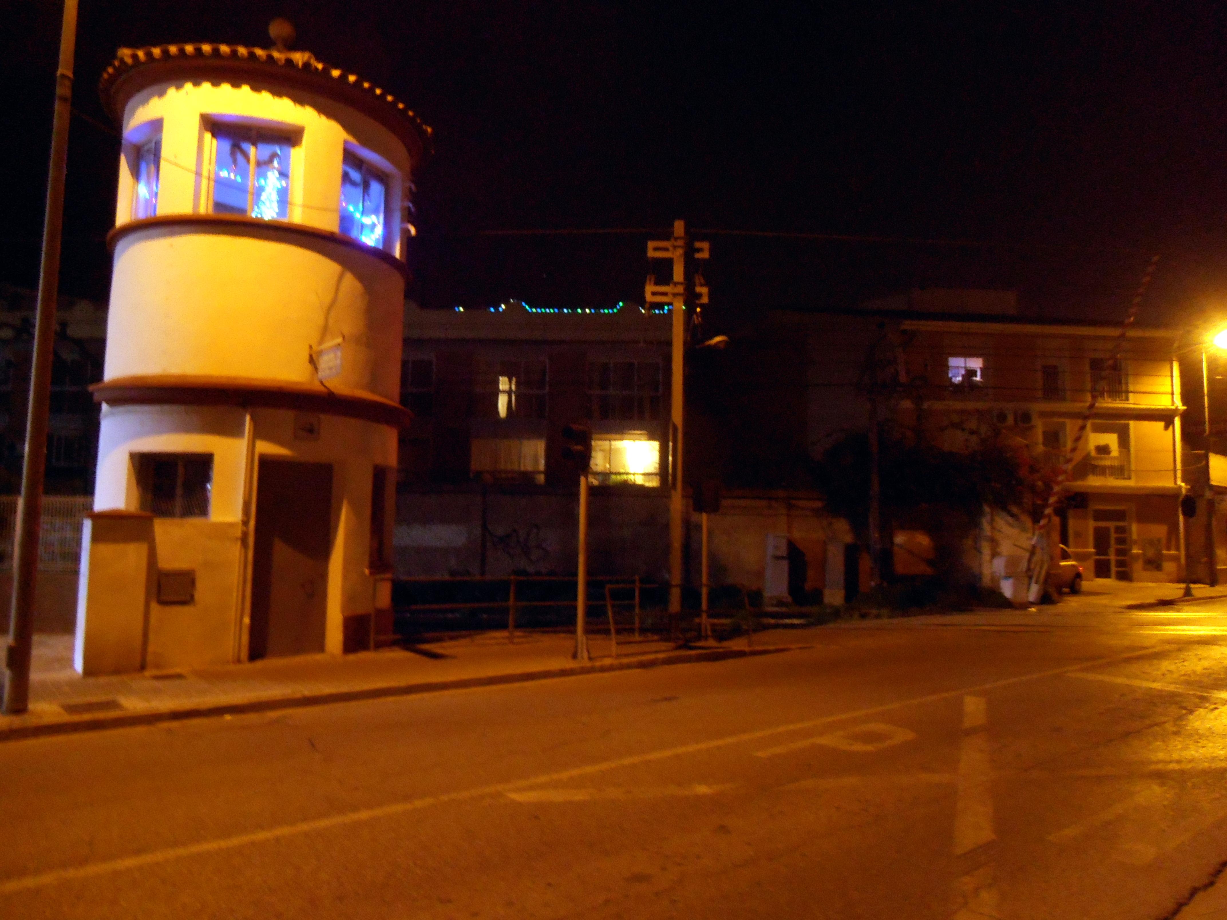 Torre Guardabarreras Paso a Nivel Associació Ferroviària de Godella