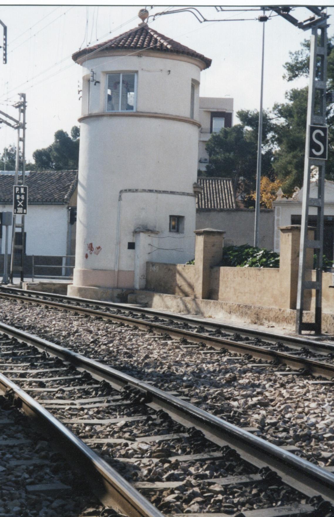 Torre de Mando Guardabarreras Associació Ferroviària de Godella
