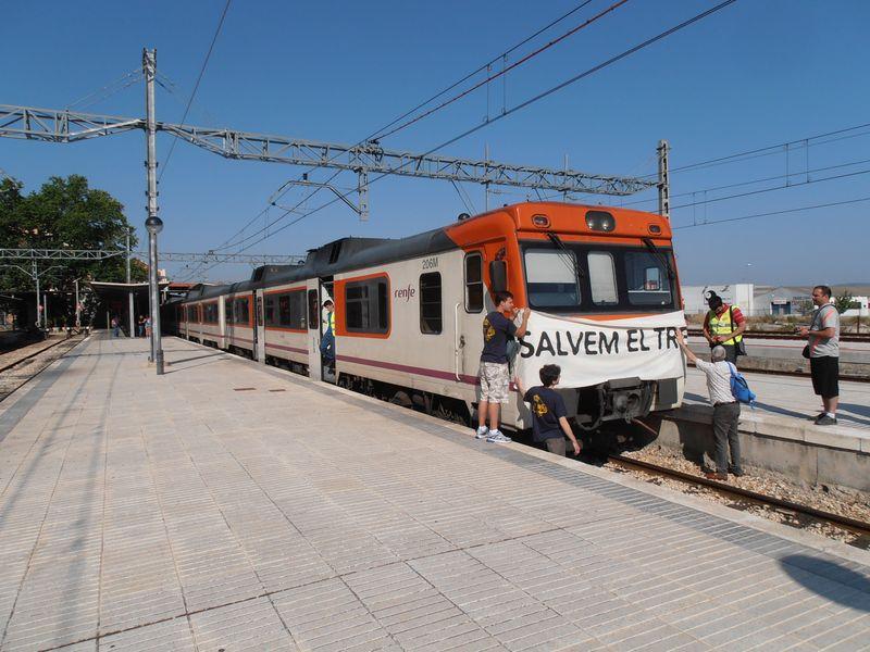 Para en Xàtiva, engalanamiento del tren e inversión de marcha hacia Alcoi