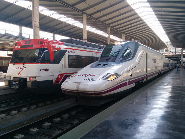 Nuestro tren AVE S.102 en Córdoba Central