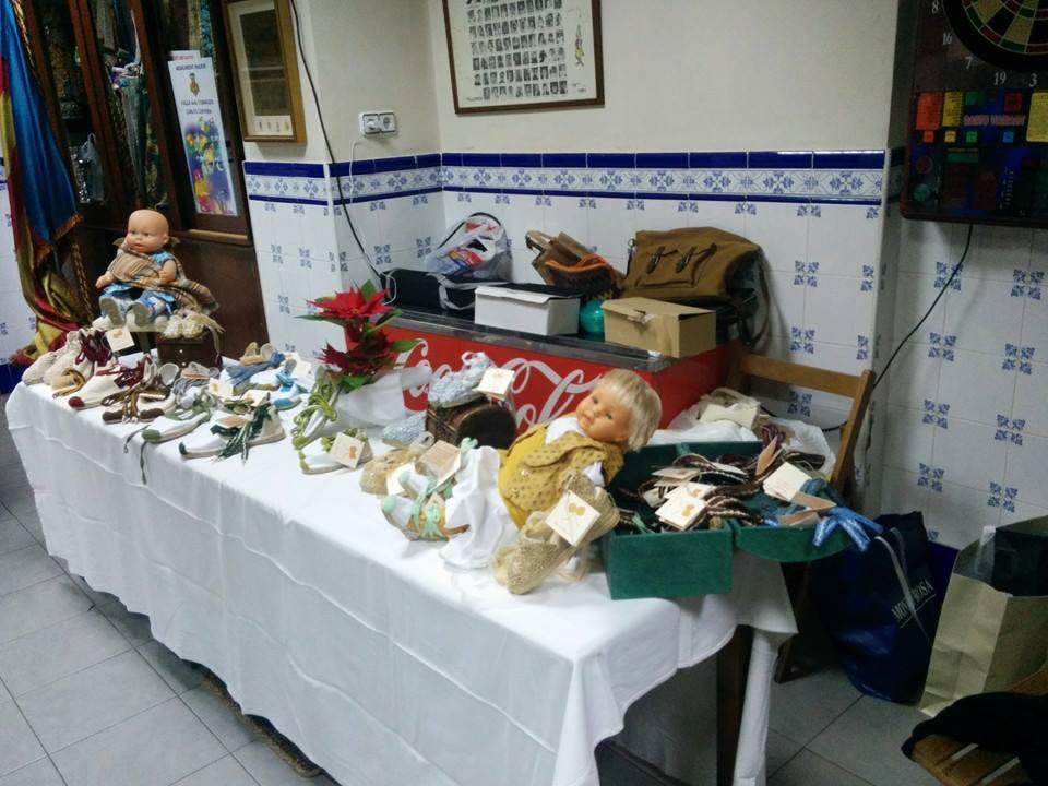 Muestra de productos de indumentaria valenciana