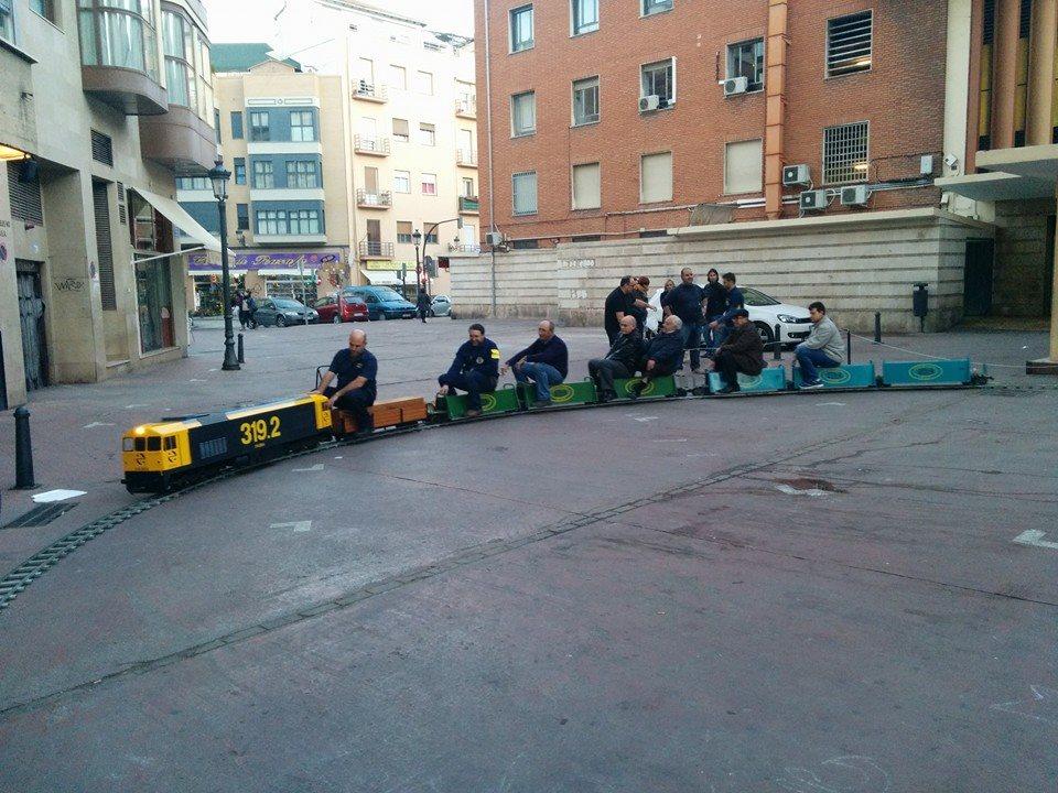 Tren de cinco pulgadas montado por la Asociación de Amigos del Ferrocarril de Castelló de la Plana / Ferrocarril del Farja de Benicàssim