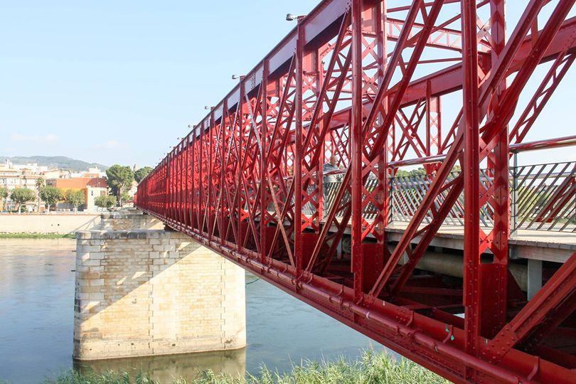 Puente metálico sobre el Ebro en Tortosa