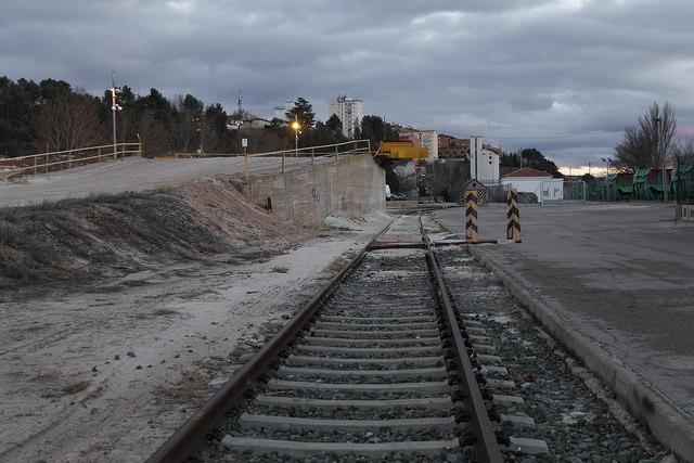 Cargadero de trenes de mercancías de la estación de Teurel