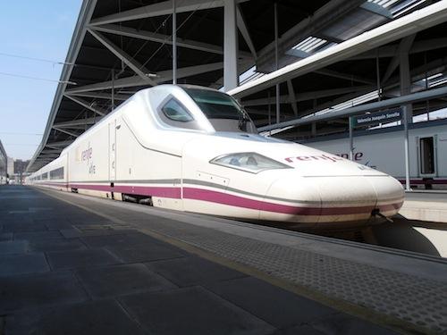 Visita estación València-Joaquín Sorolla y AVE S.112