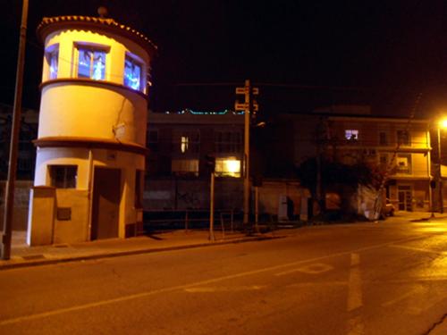 Encendido de luces de navidad en Torre Guardabarreras del Paso a Nivel